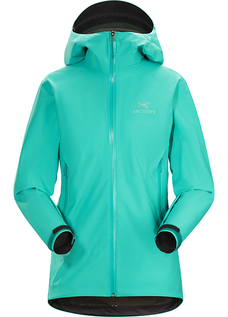 Super light, compressible women's GORE-TEX® jacket with Paclite® product technology. Designed for packable emergency weather protection. Beta Series: All-round mountain apparel | SL: Super Light.