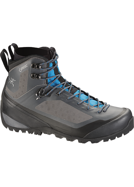 Women's technical hiking boot with interchangeable Arc'teryx Adaptive Fit liners, a seamless thermolaminated upper and the versatility for extended trips across varied terrain in shifting conditions. Includes 1 pair of GORE-TEX® MID-LINERS.