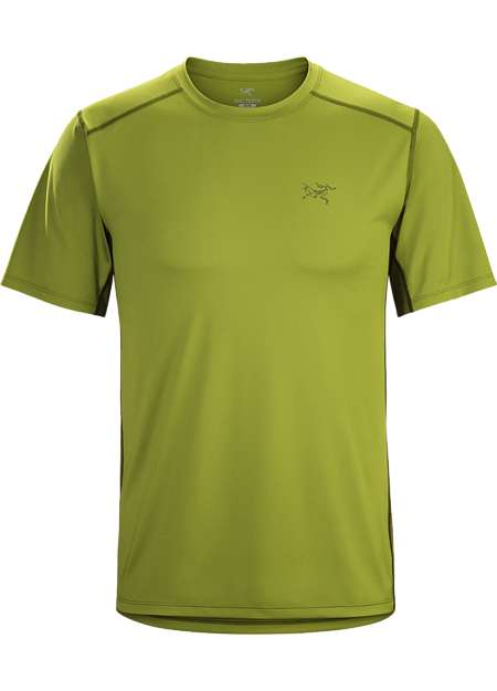 Durable, lightweight, moisture wicking Helius™ polyester short sleeve shirt. Viente™ mesh underarm panels aid venting.