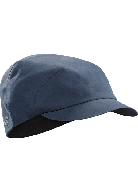 Contemporary cap with an elastic headband and subtle embroidered Arc'teryx logo.