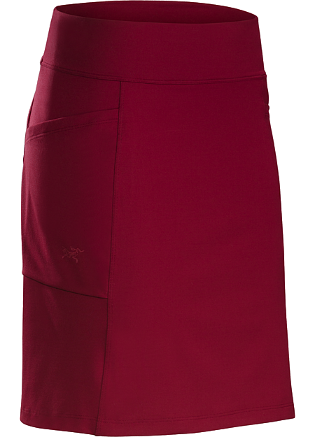 Casual, versatile knit skirt in a soft, comfortable, stretchy performance fabric. Ideal for everyday wear and travel.
