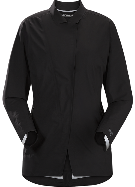 Waterproof, breathable GORE-TEX blazer for city bike commutes.