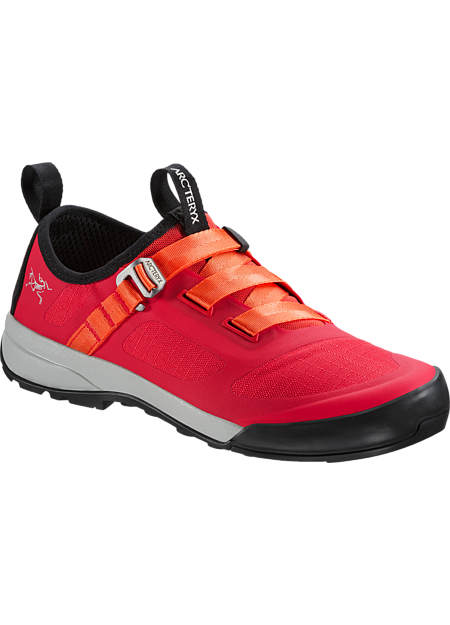 Arc'teryx technologies come together in an innovative, ultralight shoe to approach single pitch crag climbs and bouldering terrain, and transitions to everyday use.