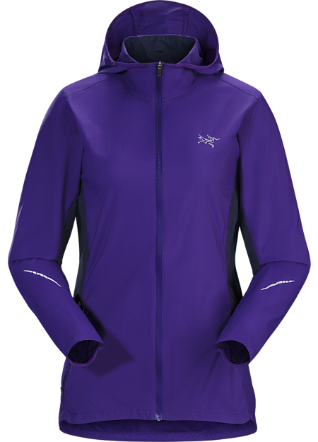 Stowable, minimalist, wind and water resistant trail running hoody.