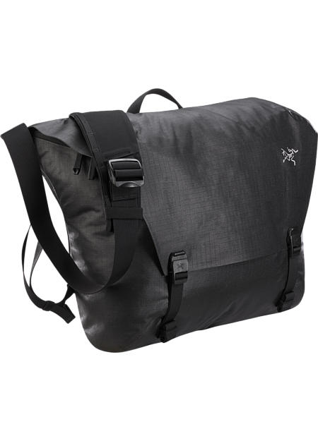 Advanced design in a versatile, weather resistant courier bag.