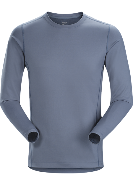 Midweight Phasic™ base layer top for all round use cooler temperatures. Phase Series: Moisture wicking base layer | AR: All Round.
