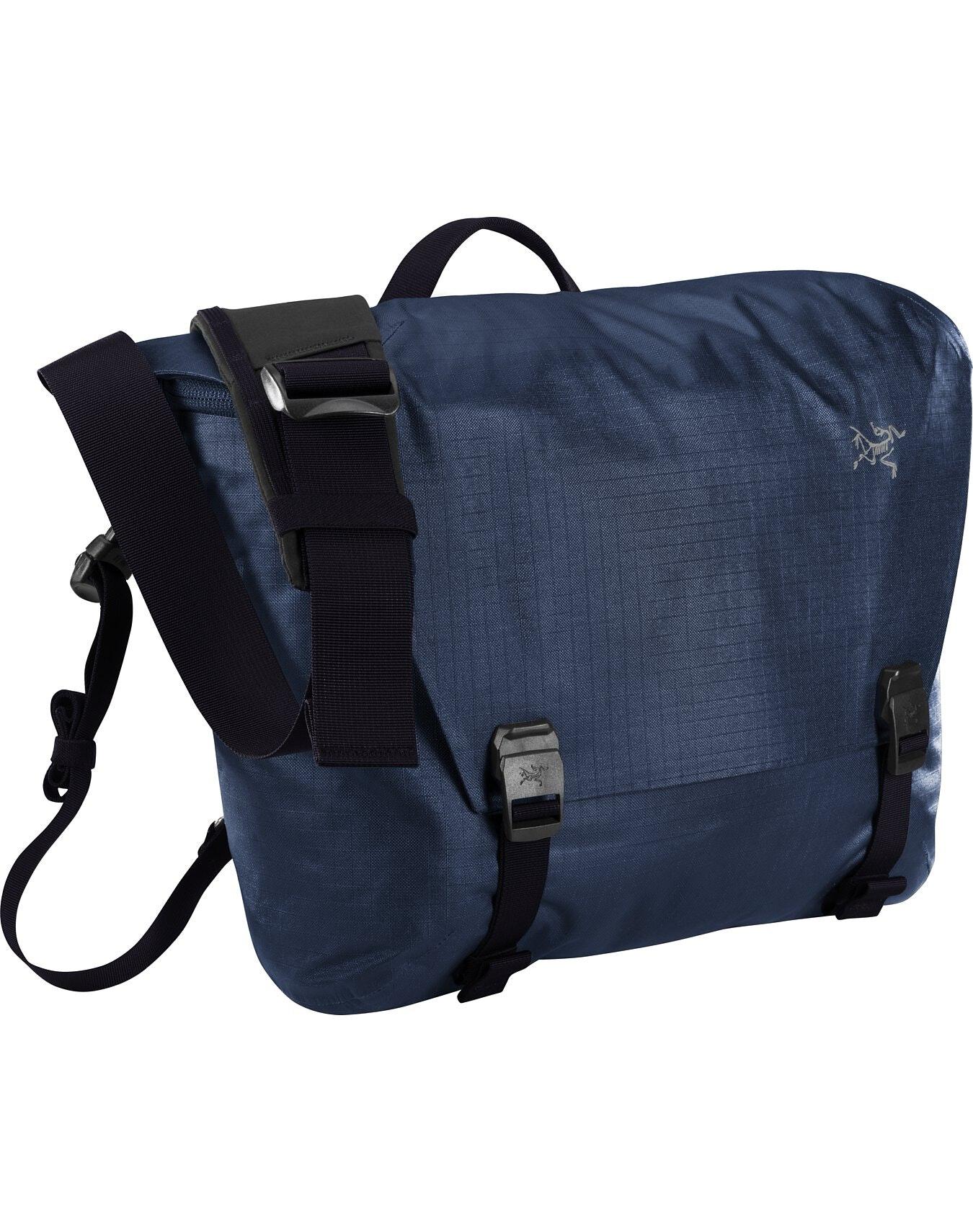 Granville 10 Courier Bag Fortune