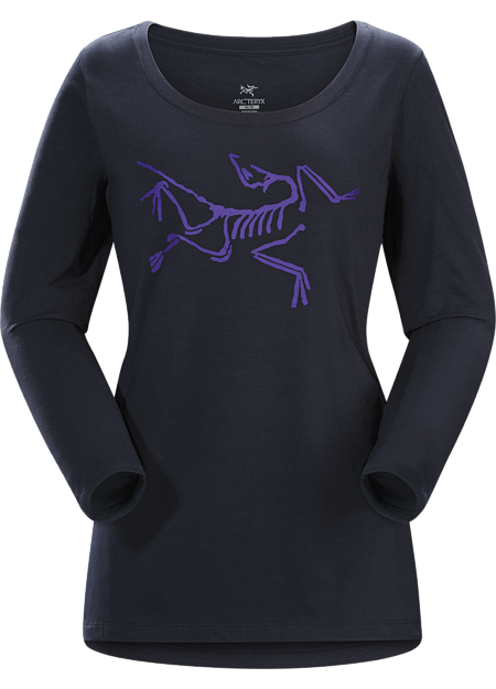 Scoop neck T-shirt with the Arc'teryx logo, made with organically grown cotton.