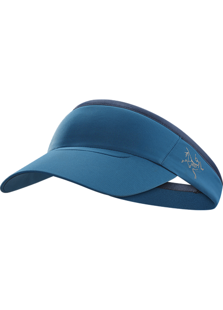 Lightweight technical visor provides sun protection and moisture management during fast paced mountain training and long hikes in warm conditions.