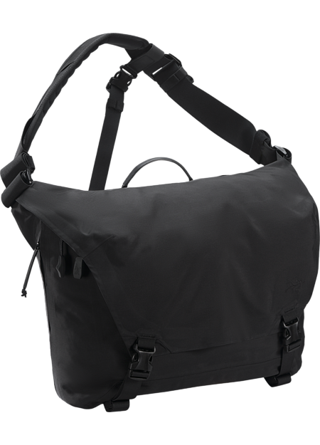 Courier Bag 15  Black