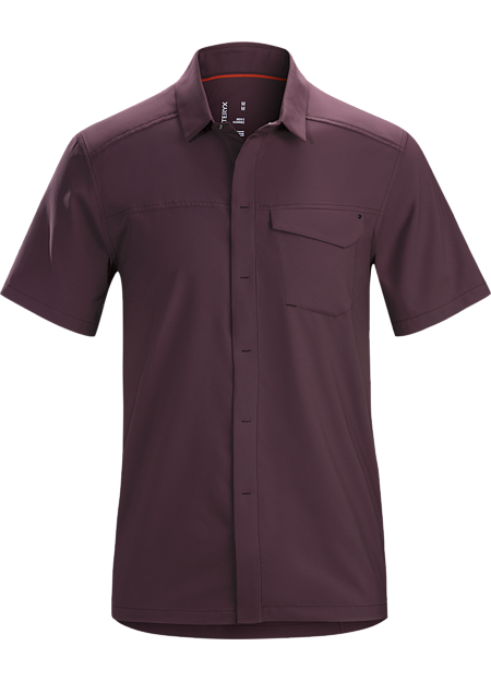 Updated button down in a lightweight, wrinkle-resistant performance fabric.