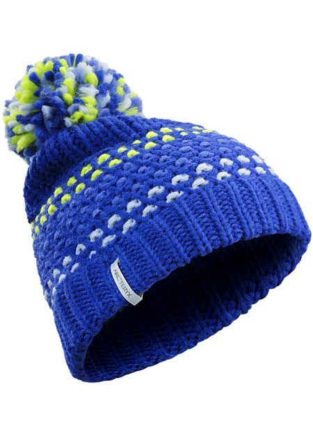 Women's knit pompom toque is made from a thick, soft yarn for warmth and comfort.