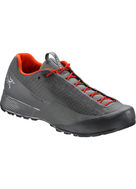 Fast, light technical approach shoe with a precise fit and GORE-TEX protection