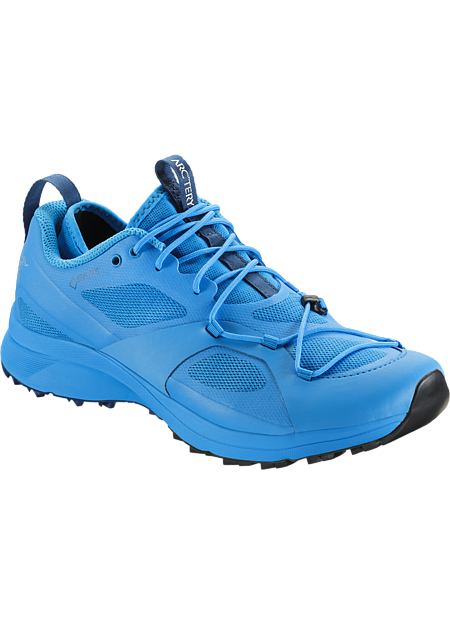 GORE-TEX trail running shoe with enhanced climbing and scrambling performance.