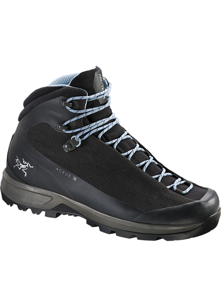 Light, exceptionally durable GORE-TEX boot for multi-day treks with a full pack.