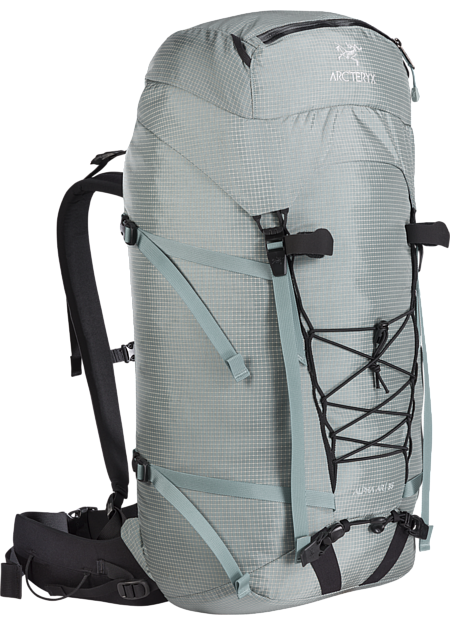 Durable and versatile single day pack for multi-pitch rock, alpine and ice climbing. Alpha Series: Climbing and alpine focused systems | AR: All Round.