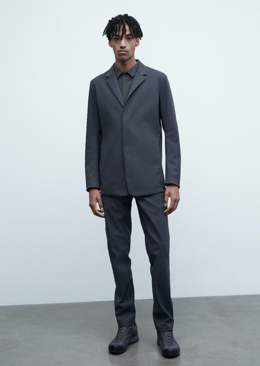 Indisce Suit in Graphite