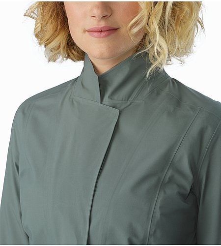A2B Hardshell Blazer Women's Boxcar Collar Up