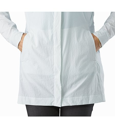 A2B Windbreaker Jacket Women's Ionic Sky Hand Pockets