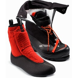 Acrux AR Mountaineering Boot Black Cajun Front View Liner