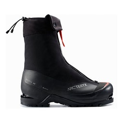 Acrux AR Mountaineering Boot Black Cajun Seitenansicht