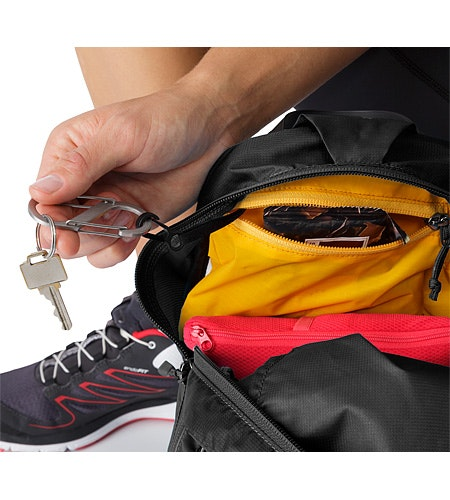 Aerios 10 Backpack Raven Key Clip