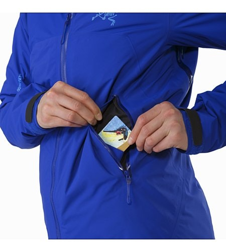 Airah Jacket Women's Zaffre Hand Pocket