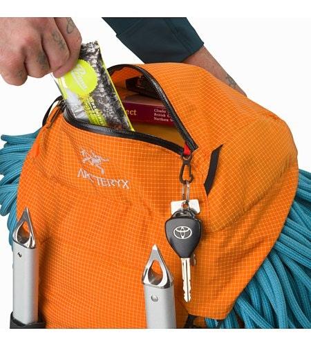 Alpha AR 35 Backpack Beacon Top Lid Pocket