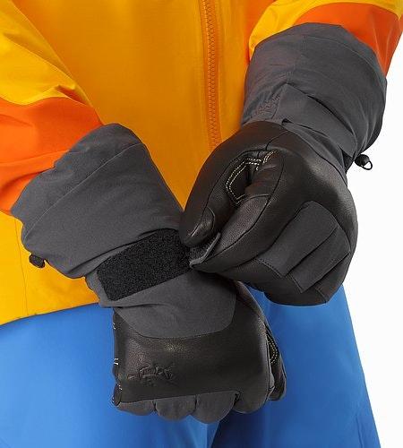 Alpha AR Glove Graphite Cuff Closure