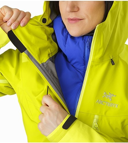 Alpha AR Jacket Women's Chartreuse Cohaesive™ Hood Adjuster