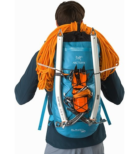 Alpha FL 30 Backpack Dark Firoza Bungee Attachment