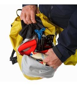 Alpha SK 32 Backpack Everglade Front Pocket