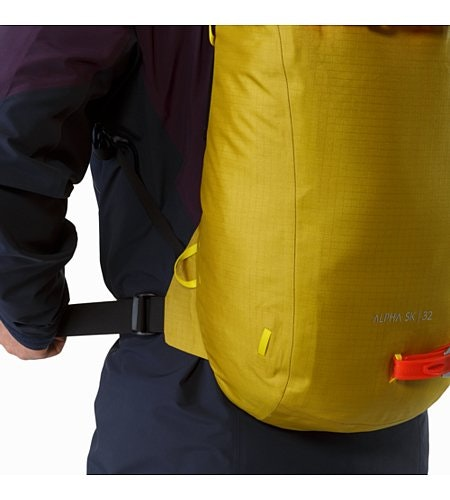 Alpha SK 32 Backpack Everglade Hip Belt