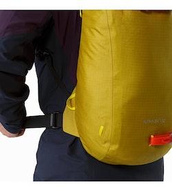 Alpha SK 32 Backpack Everglade Hip Belt