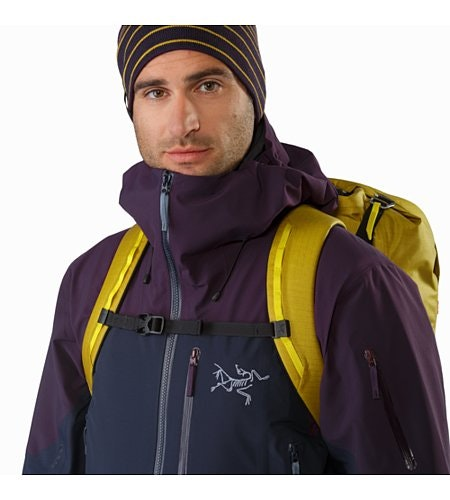 Alpha SK 32 Backpack Everglade Brustgurt