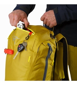 Alpha SK 32 Backpack Everglade Top Pocket