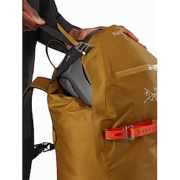 Alpha SK 32 Backpack Yukon Top Lid Pocket
