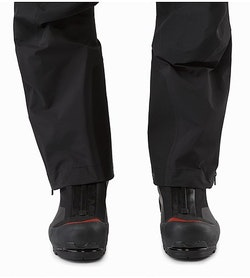 Alpha SV Bib Black Leg Wrap Comparison 2