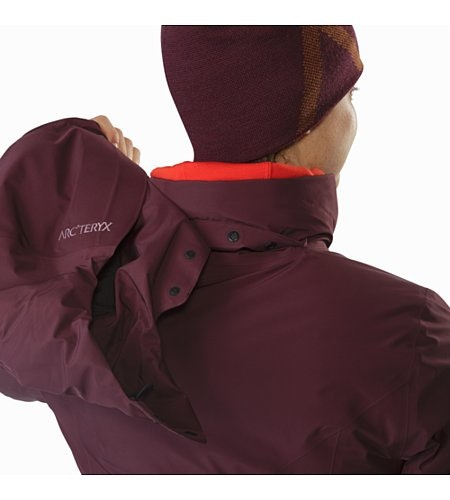 Andessa Jacket Women's Crimson Removable Hood