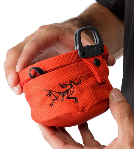 Aperture Chalk Bag Large Magma Closed