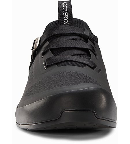 Arakys Approach Shoe Black Front View