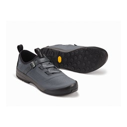 Arakys Approach Shoe Microchip Pair