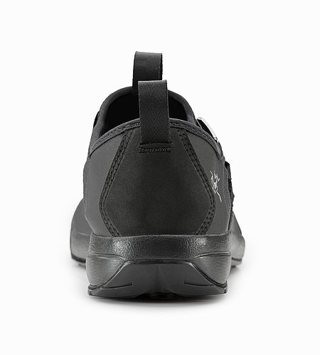 Arakys Approach Shoe Women's Black Back VIew