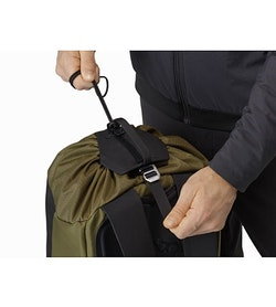 Arro 20 Bucket Bag Wildwood Top Adjuster
