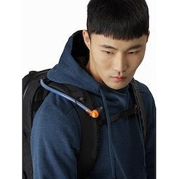 Arro 22 Backpack 24K Black Hydration Hose Clip