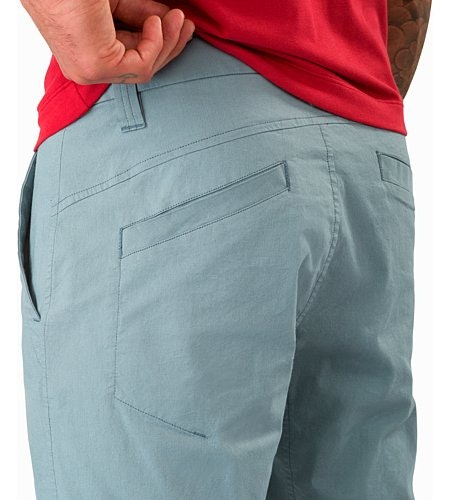 Atlin Chino Short Robotica External Pocket Back