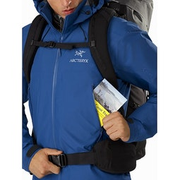 Beta AR Jacket Cobalt Sun Hand Pocket
