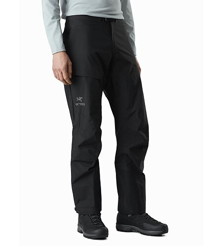 Beta AR Pant in Black: Vorderansicht