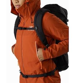 Beta SL Hybrid Jacket Women's Sunhaven Hand Pocket
