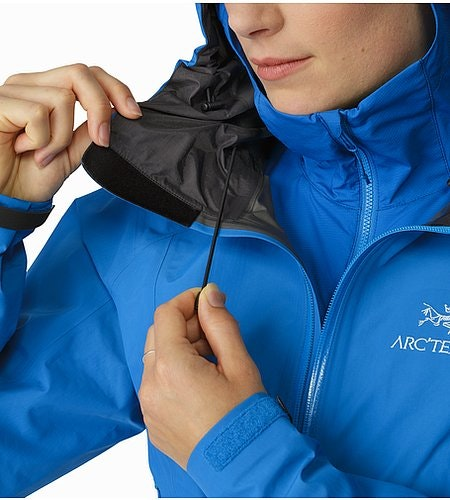 Beta SL Jacket Women's Macaw Hood Adjuster